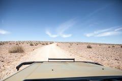 Scena generica del deserto osservata da 4x4 Fotografie Stock Libere da Diritti