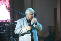 In scena, il compositore-cantautore, cantante, Maestro Alexander Morozov Immagini Stock