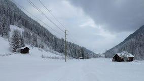 Scena rurale di inverno nel Bernese Oberland Fotografie Stock Libere da Diritti