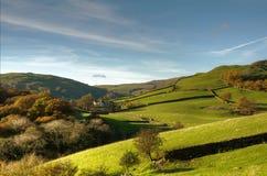 Scena rurale inglese con la fattoria Immagine Stock