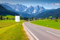 Scena soleggiata di estate nelle alpi austriache Fotografia Stock Libera da Diritti