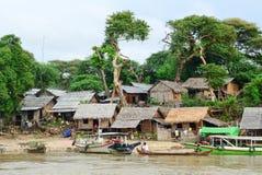 Scena tipica del villaggio del birmano locale fotografia stock libera da diritti