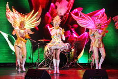 In scena in una manifestazione spettacolare del primo ministro del teatro musicale Immagine Stock