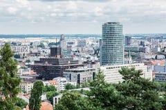 Scena urbana a Bratislava, capitale della Slovacchia con la radio slovacca Fotografie Stock Libere da Diritti