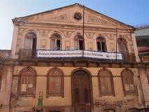 Scena urbana prospera di arte della via e dei graffiti a Lisbona, Portogallo, 2014 Immagine Stock