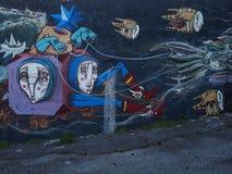 Scena urbana prospera di arte della via e dei graffiti a Lisbona, Portogallo, 2014 Fotografia Stock Libera da Diritti