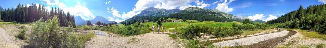 Scenario panoramico delle alpi italiane, dolomia Fotografia Stock