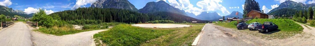 Scenario panoramico delle alpi italiane, dolomia Fotografia Stock Libera da Diritti