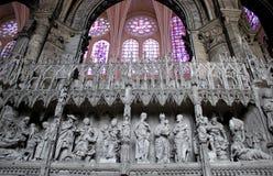 Scene bibliche nelle sculture, cattedrale di Chartres fotografie stock