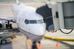 Scene di Trveling ad un aeroporto americano Immagini Stock Libere da Diritti