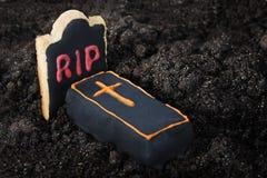 Sceneria ciasta i cukierki Halloweenowi Obrazy Royalty Free