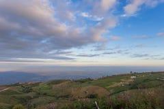 Sceneria dolinny i piękny niebo Tajlandia Obraz Stock