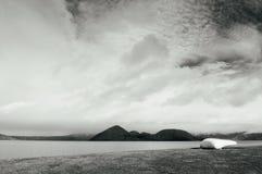 Sceneria jeziorny Toya z Nakajima wyspy widokiem, hokkaido Zdjęcie Royalty Free