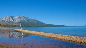 Sceneria na Południowym Jeziornym Tahoe w Kalifornia Zdjęcia Stock