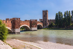 Scenery With Adige River And Ponte Scaligero And Castelvecchio Royalty Free Stock Images