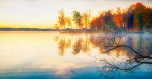 Free Scenic Beautiful Fall Autumn Lake Landscape Scenery At Sundown Stock Image - 194522251