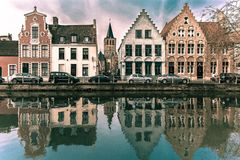 Scenic Bruges canal with beautiful houses Stock Photography