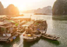 Scenic floating fishing village in the Ha Long Bay, Vietnam Royalty Free Stock Photos