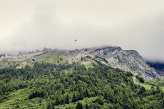 Scenic landscape of misty mountain peaks Royalty Free Stock Photos