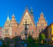 Scenic morning view of gothic City Hall building at Market Square in Old Town of Wroclaw, Poland.  Stock Photos