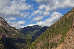 Scenic mountain road in BC Royalty Free Stock Photography