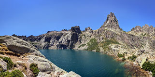 Scenic mountaintop lake Royalty Free Stock Images