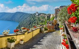 Free Scenic Sight In Castel Gandolfo, With The Albano Lake, In The Province Of Rome, Lazio, Central Italy. Stock Photo - 124631230