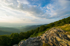Free Scenic Summer Landscape On Overlook Drive Shenandoah National Pa Stock Photography - 77059772