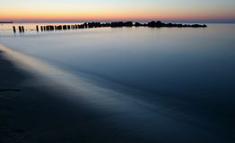 Scenic sunset over ocean Royalty Free Stock Images