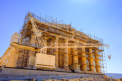 Scenic view of ancient Pantheon temple under construction, Athen Stock Images