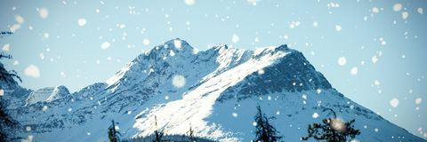 Scenic view of snow covered mountains Royalty Free Stock Images