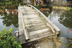 Scenic wooden bridge Royalty Free Stock Images