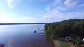 Scenics del este con los lagos, bosque, tuberías de Tejas almacen de metraje de vídeo