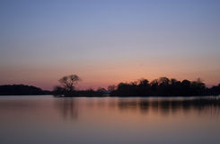 Scenics del lago sunset - lago en Killarney, Irlanda Fotos de archivo