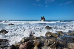 Sceniczna Benijo plaża w północnej Tenerife wyspie, wyspy kanaryjska Obraz Stock