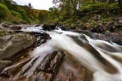 Sceniczna Braklynn siklawa w Szkocja Obrazy Royalty Free