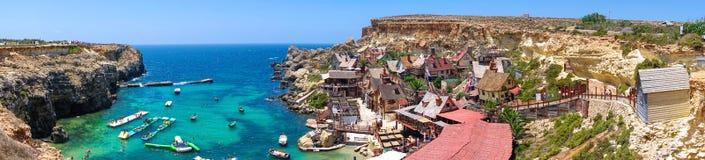 Sceniczna panorama Popeye wioska w Malta zdjęcie stock