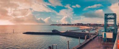 Sceniczna panorama przy schronieniem Wyk na Niemieckiej morze p??nocne wyspie Foehr obrazy royalty free