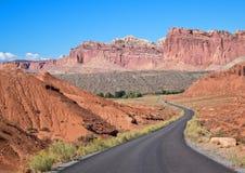 Sceniczna przejażdżka, Capitol Rafowy park narodowy zdjęcie stock