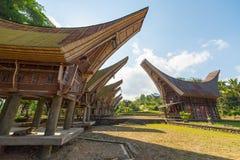 Sceniczna tradycyjna wioska w Taniec Toraja Obrazy Royalty Free