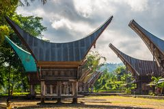 Sceniczna tradycyjna wioska w Taniec Toraja Zdjęcia Stock
