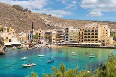 Sceniczna Xlendi Gozo Grodzka wyspa, Malta zdjęcia stock