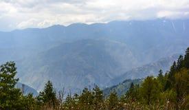 Sceniczne góry w Naran Kaghan dolinie, Pakistan Zdjęcia Stock