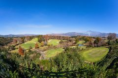 Sceniczne pole golfowe góry Fotografia Royalty Free