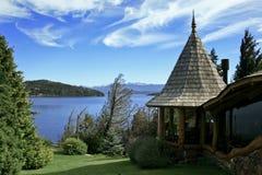 sceniczny budynku jezioro Obraz Stock
