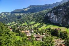 Sceniczny dolina krajobraz w Lauterbrunnen, Szwajcaria Fotografia Stock