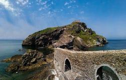 Sceniczny krajobraz San Juan De Gaztelugatxe, Baskijski kraj, Hiszpania zdjęcie stock