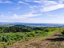 Sceniczny krajobraz z drogą gruntową Zdjęcie Stock