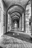 Sceniczny portyk w centrum miasta Perugia, Włochy obrazy royalty free