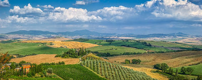 Sceniczny Tuscany krajobraz przy zmierzchem, Val d'Orcia, Włochy Zdjęcia Stock